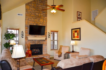 Picture of Branson Townhomes Nightly Rentals in Branson West