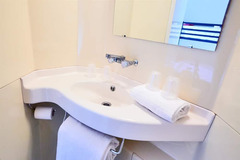 Habitación estándar, 3 camas individuales - Baño
