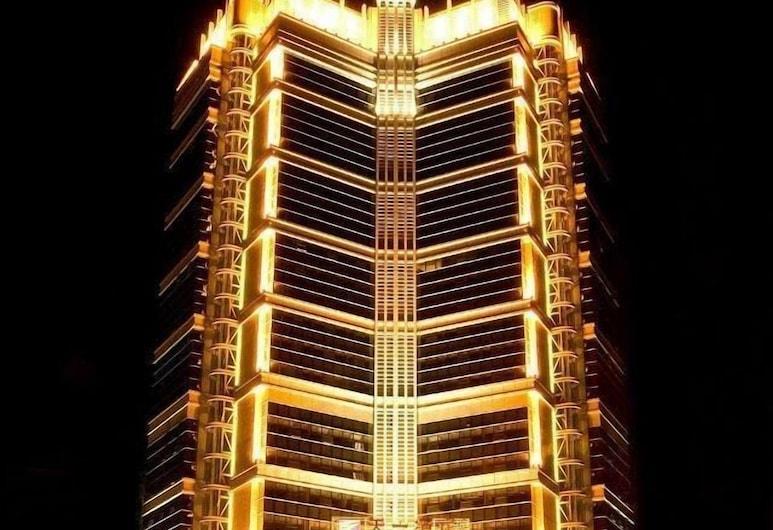 広州スカイライン プラザ ホテル (广州天一酒店), 広州