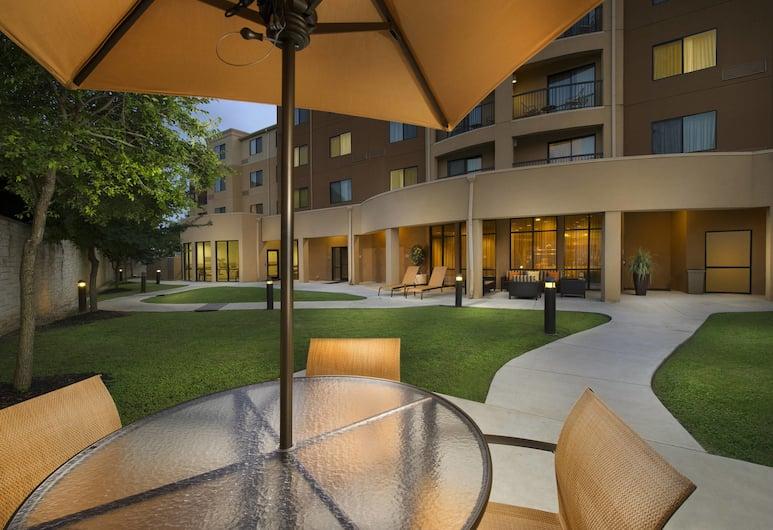 Courtyard by Marriott San Antonio SeaWorld/Lackland, San Antonio, Z zewnątrz