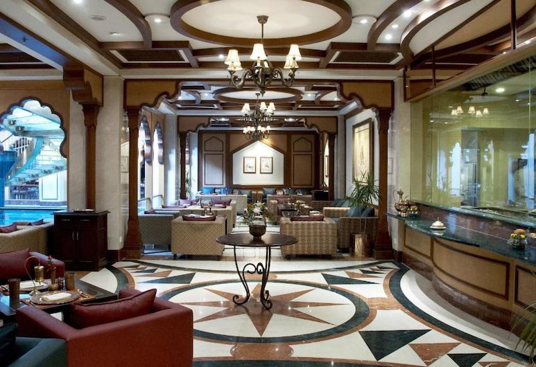 Avari Lahore, Lahore, Lobby Sitting Area