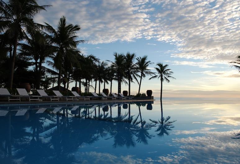 Sun Spa Resort & Villas, Dong Hoi, Basen