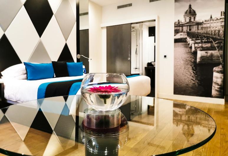 L'Empire Paris, Παρίσι, Deluxe Τρίκλινο Δωμάτιο, Δωμάτιο επισκεπτών
