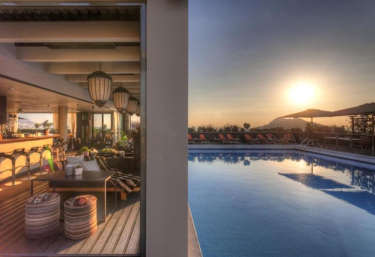 President Hotel, Афіни, Відкритий басейн