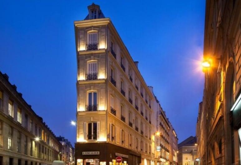 Hotel Delavigne, Paris, Hotellets front – kveld/natt