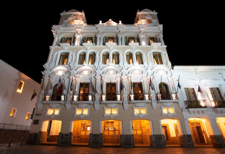 Hotel Plaza Grande, Kito
