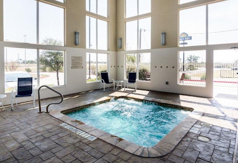Comfort Suites Gainesville, Gainesville, Pool