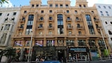 Choose This 3 Star Hotel In Madrid