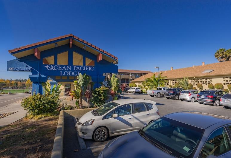 Ocean Pacific Lodge, סנטה קרוז, חזית המלון