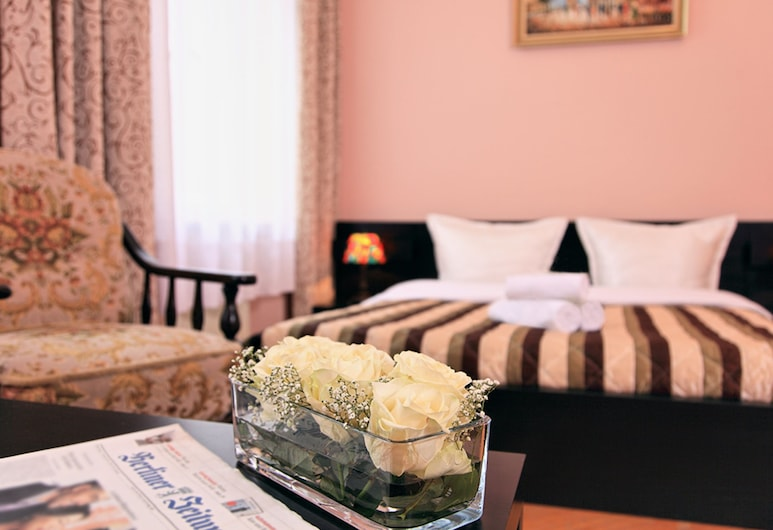 Hotel-Pension Cortina, Berlin, Comfort-Vierbettzimmer, Zimmer