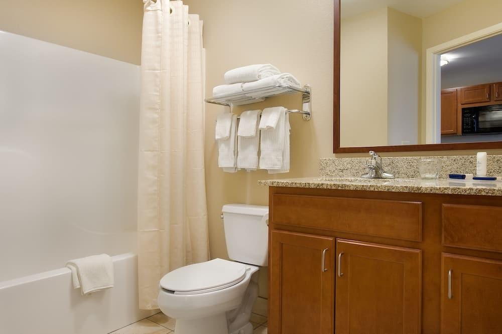 Numeris, 1 miegamasis, Nerūkantiesiems (1 Queen Bed) - Vonios kambarys