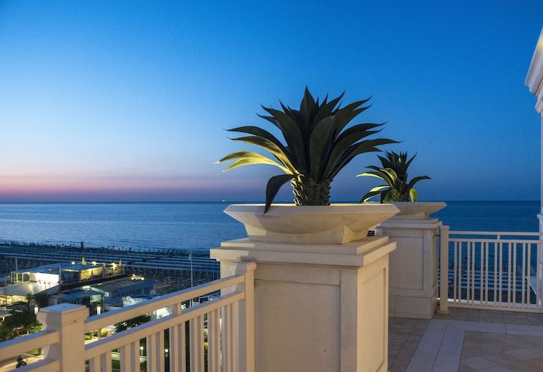 Hotel Corallo, Riccione, Terrace/Patio