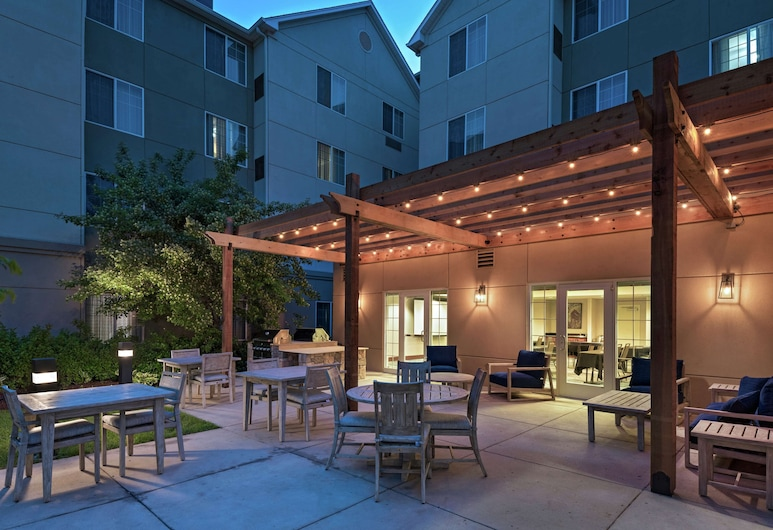 Homewood Suites by Hilton Fort Collins, Fort Collins, Terrasse/Patio