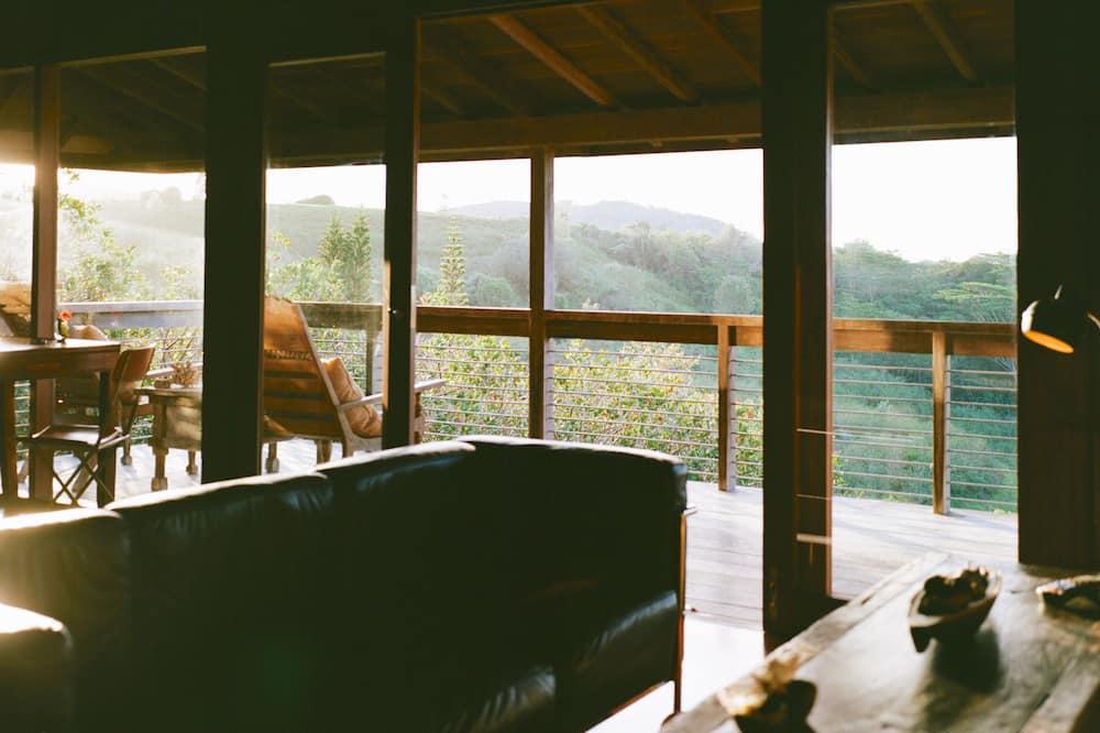 Villa, 1 Bedroom - Living Room