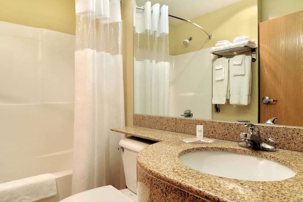Štúdiový apartmán typu Deluxe, 1 veľké dvojlôžko, nefajčiarska izba - Kúpeľňa