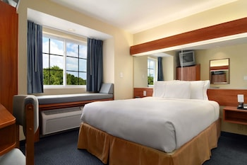 Picture of Microtel Inn & Suites by Wyndham Huntsville in Huntsville