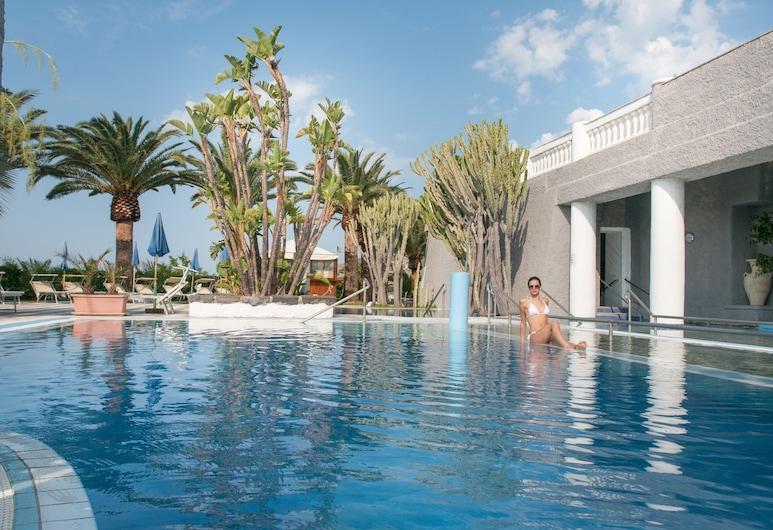 浪漫渡假村及水療中心, 塞拉拉豐塔納, 室外游泳池