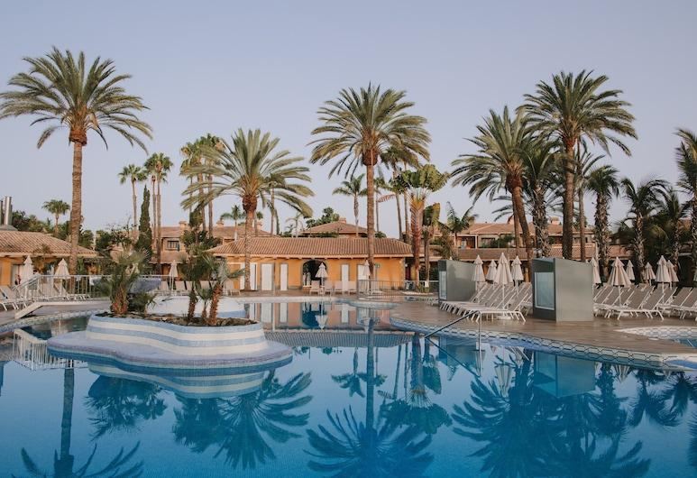 Suites & Villas by Dunas, San Bartolome de Tirajana, Bassein