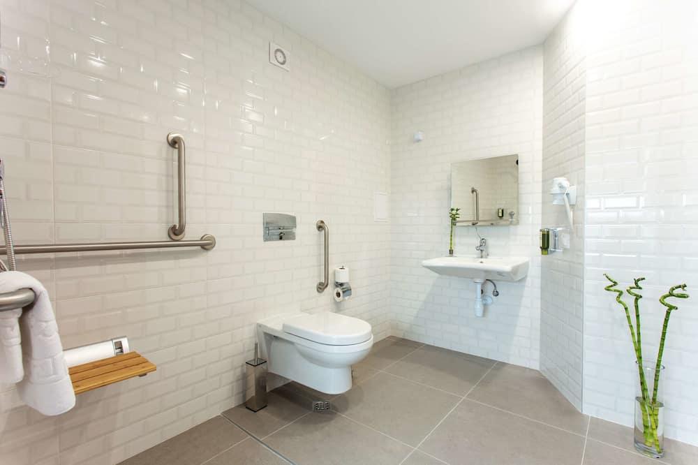 Стандартний номер, 1 двоспальне ліжко, обладнано для інвалідів, для некурців - Ванна кімната