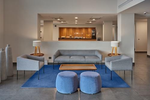 墨西卡里城市快捷酒店/