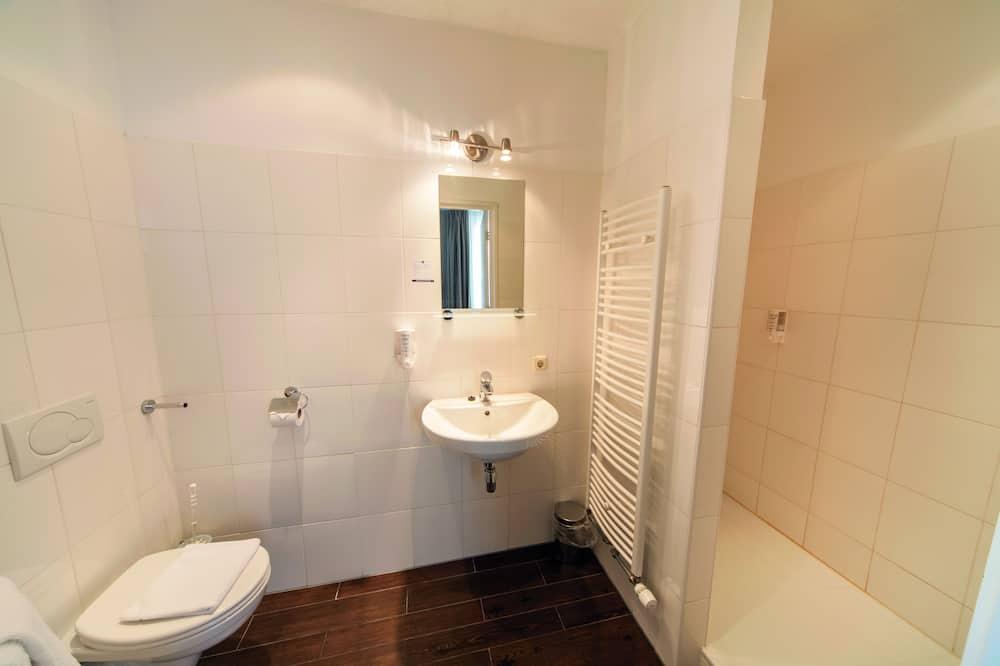 Prabangaus stiliaus dvivietis kambarys (shower) - Vonios kambarys