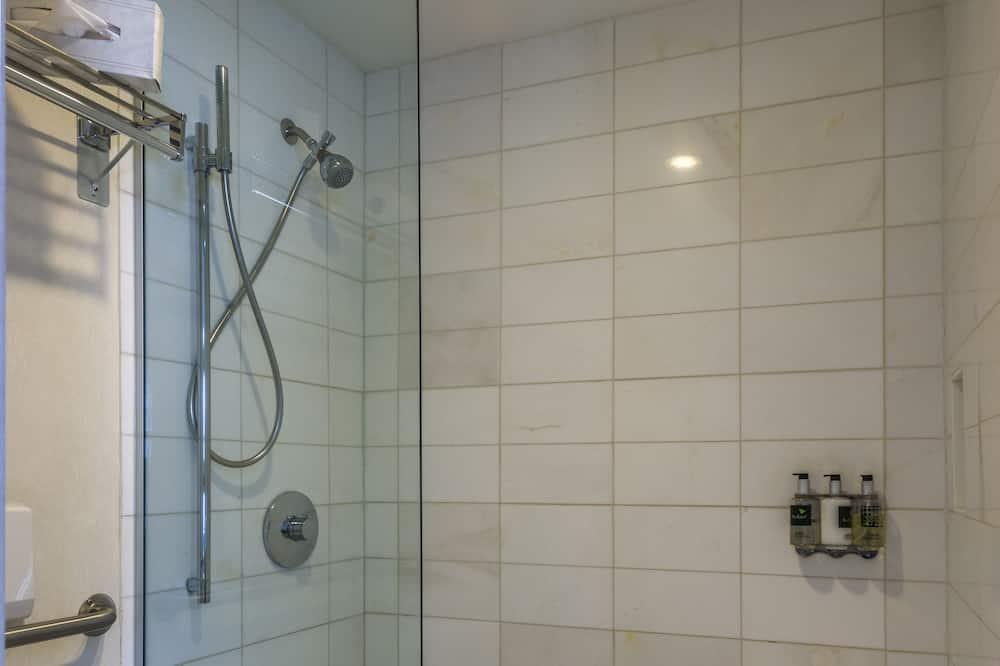 Štandardná izba, 1 extra veľké dvojlôžko, výhľad na mesto - Kúpeľňa