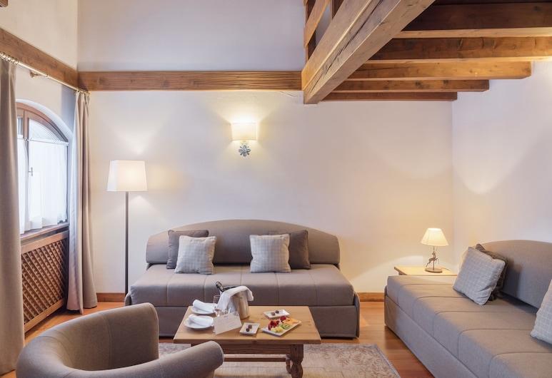 Faloria Mountain Spa Resort, קורטינה ד'אמפצו, סוויטה משפחתית (with SPA access) (Faloria), חדר אורחים