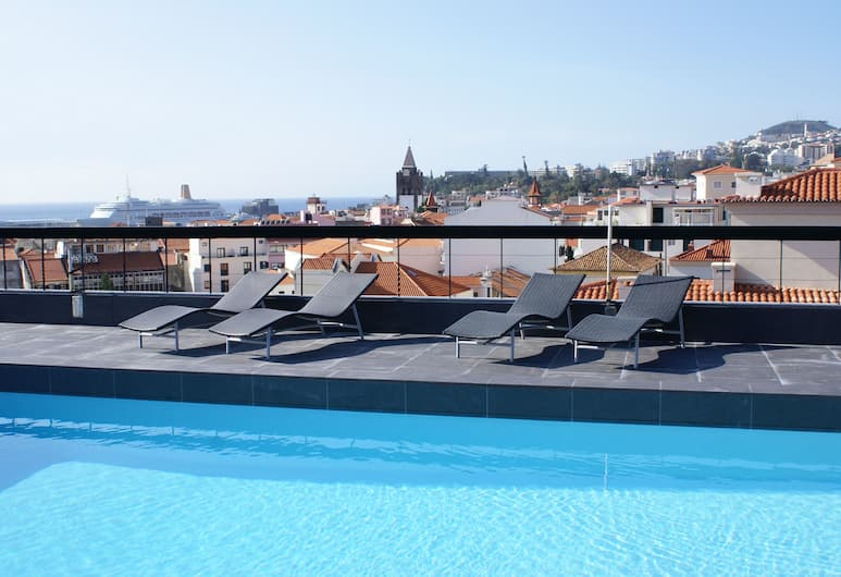 Hotel do Carmo, Funchal, Pool