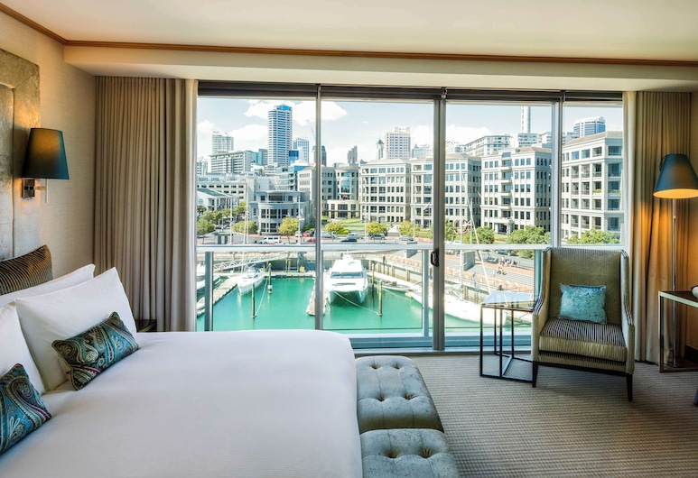 Sofitel Auckland Viaduct Harbour, Auckland, Luxury Room, 1 King Bed, Marina View (Club Sofitel Access), Guest Room