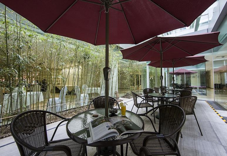 Hotel Kapok - Forbidden City, בייג'ינג, חצר
