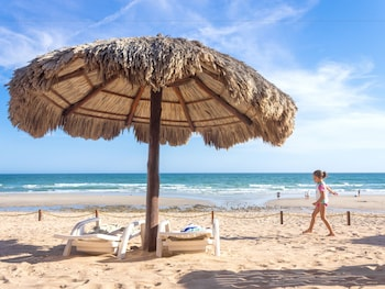 Enter your dates to get the Puerto Penasco hotel deal