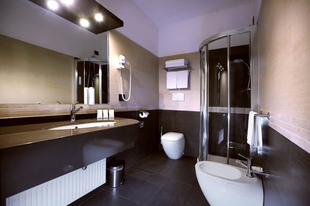Habitación Confort con 1 cama doble o 2 individuales, 1 habitación - Cuarto de baño