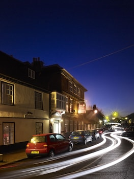 Picture of The Boleyn Hotel in Staines
