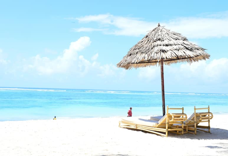 Diani Reef Beach Resort & Spa, Diani Beach, Beach