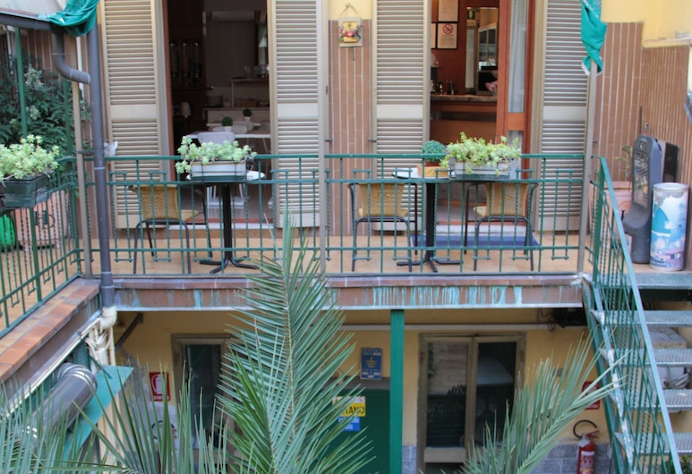 Hotel Dateo, Mediolan, Taras/patio