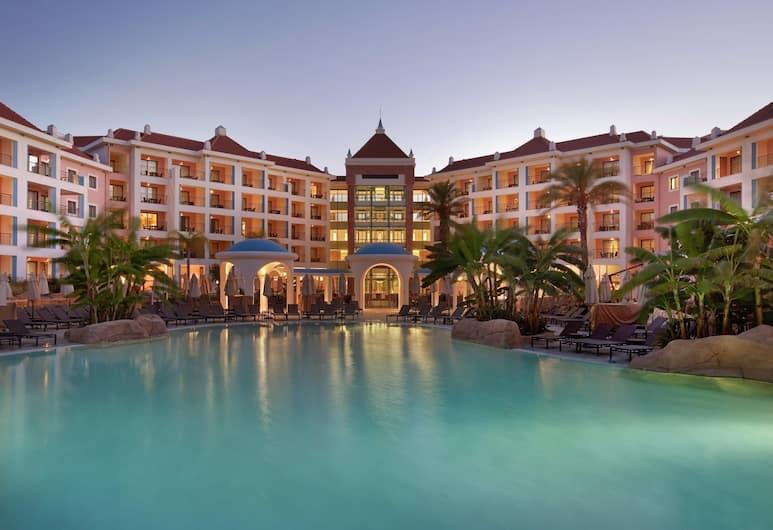 Hilton Vilamoura As Cascatas Golf Resort & Spa, Vilamoura, Pool