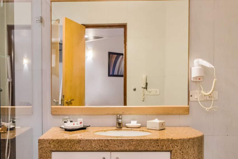 Luksusa numurs, 1 divguļamā karaļa gulta - Vannasistaba