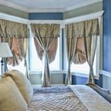 Room (Louis XIV) - Guest Room