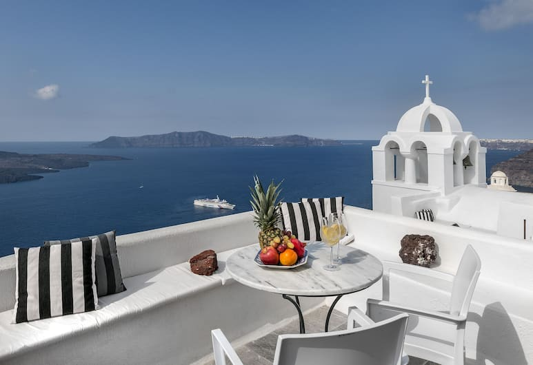Aigialos Luxury Traditional Settlement, Santorini, Guest Room