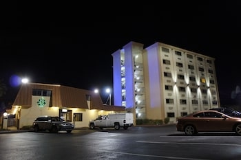 Picture of Emerald Coast Inn And Suites in Fort Walton Beach