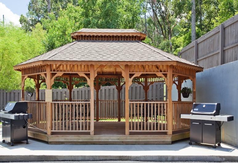 Candlewood Suites Augusta, Augusta, A szálláshely külső területe