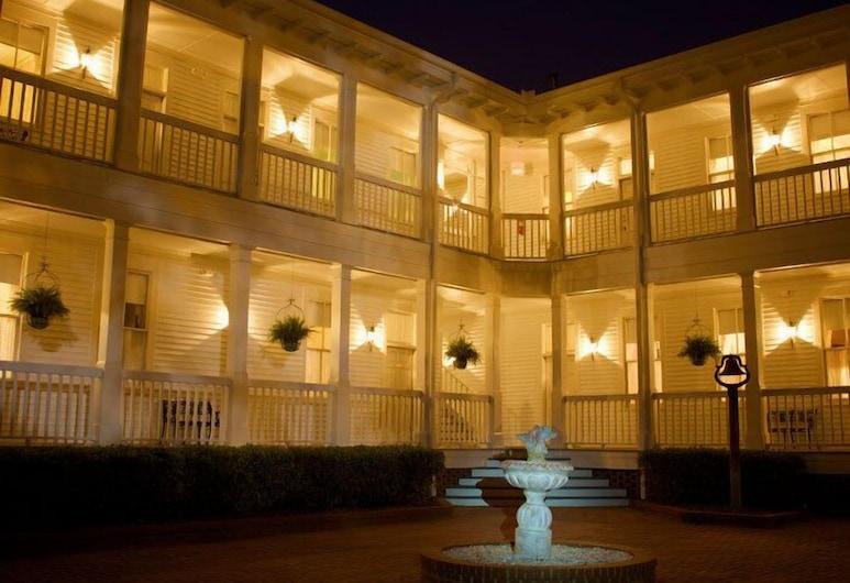 Lookaway Inn, North Augusta, Springbrunnen