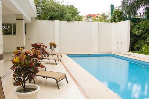 拉斯瑪格麗塔蘇庫爾薩爾卡沙別墅飯店/
