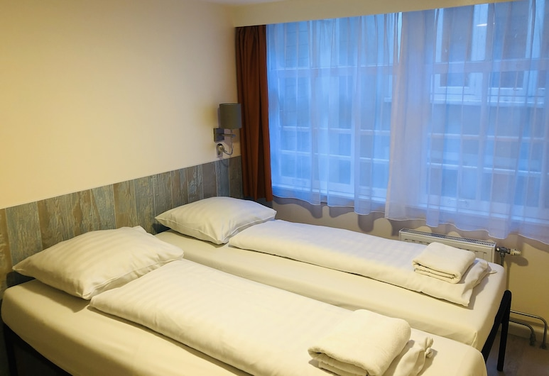 Damrak Inn, Amsterdam, Twin Room with Shared Bathroom, Guest Room