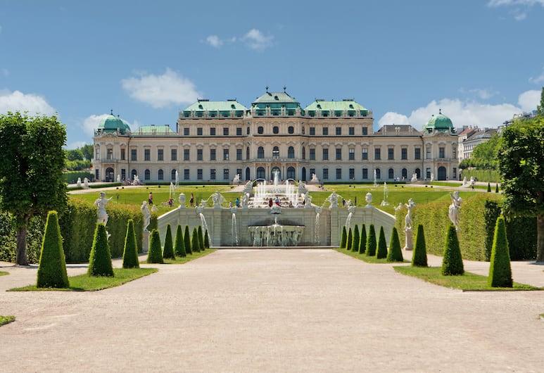 Lindner Hotel am Belvedere, Vienna, Aerial View