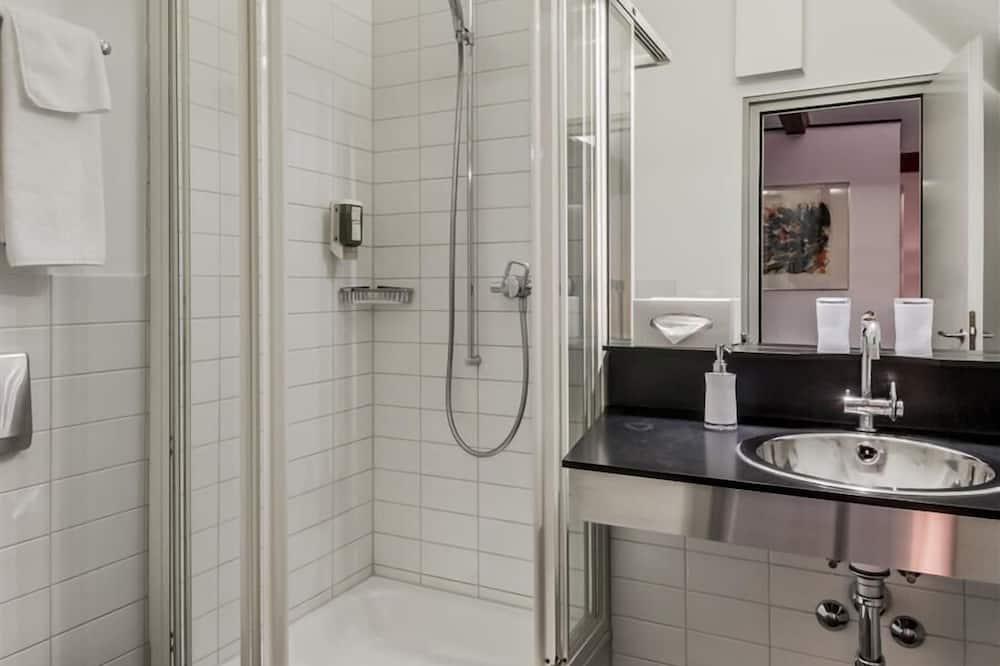 ห้องสแตนดาร์ดทริปเปิล, 1 ห้องนอน, ปลอดบุหรี่ - ห้องน้ำ