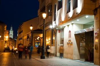 Enter your dates for our Logroño last minute prices