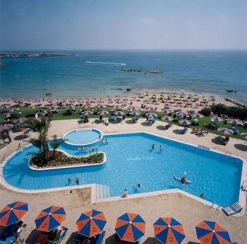 Picture of Corallia Beach Hotel Apartments in Pegeia