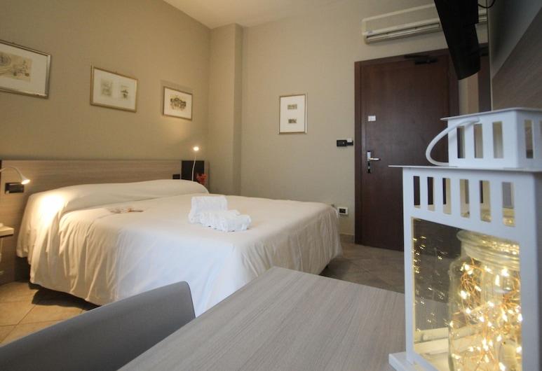 Green Class Hotel Gran Torino, Turín, Dvojlôžková izba typu Basic, Hosťovská izba