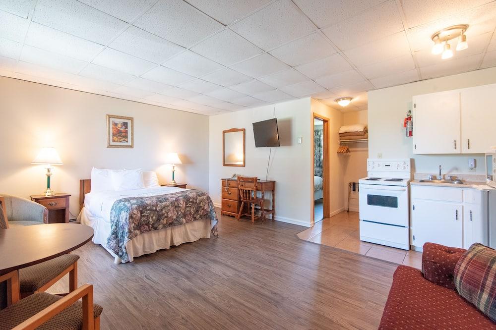 套房, 2 張加大雙人床, 非吸煙房, 簡易廚房 - 客廳